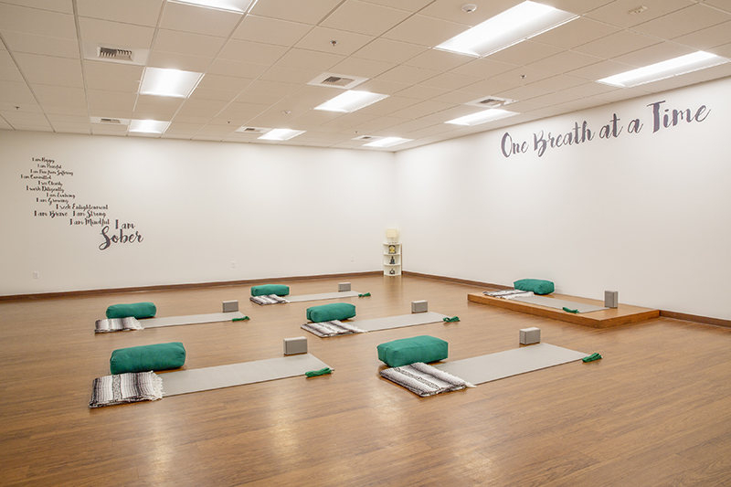 Sober College Drug Rehab Facilities Los Angeles Yoga Studio